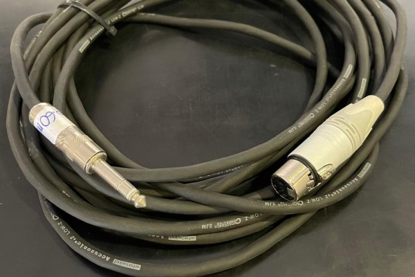 CABLE 6.6M ACC+2, XLR H A PLUG 1/4 STEREO